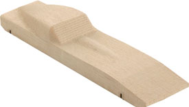 Stingray pinewood derby car with extended wheelbase